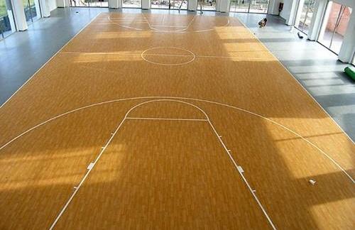 塑胶地板篮球场